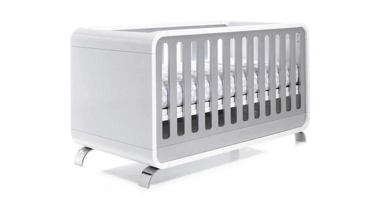 cuna para bebé diseño kurve C137-3314 montada