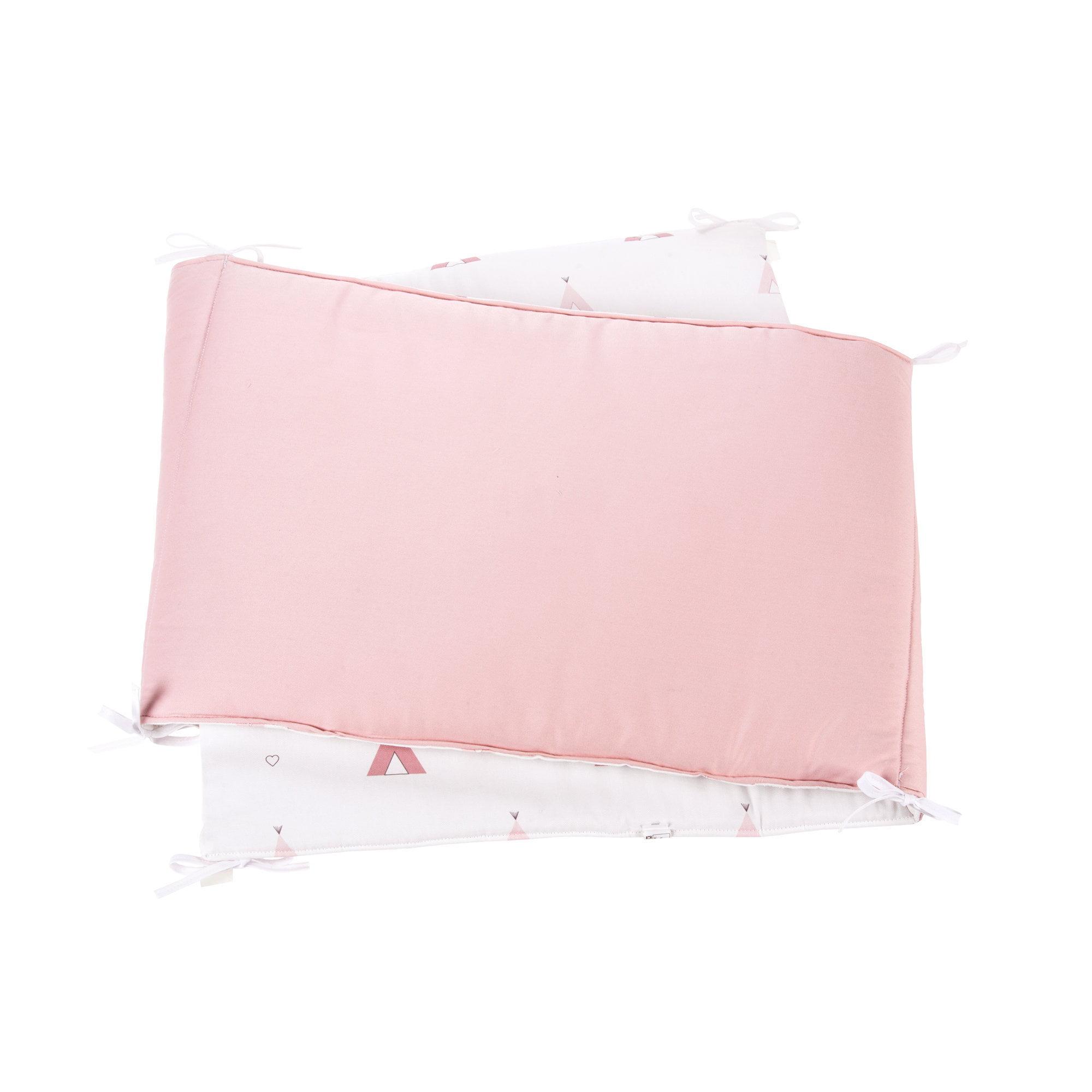 Protector chichonera para cuna de bebé con estampado de cabañas de indio en rosa