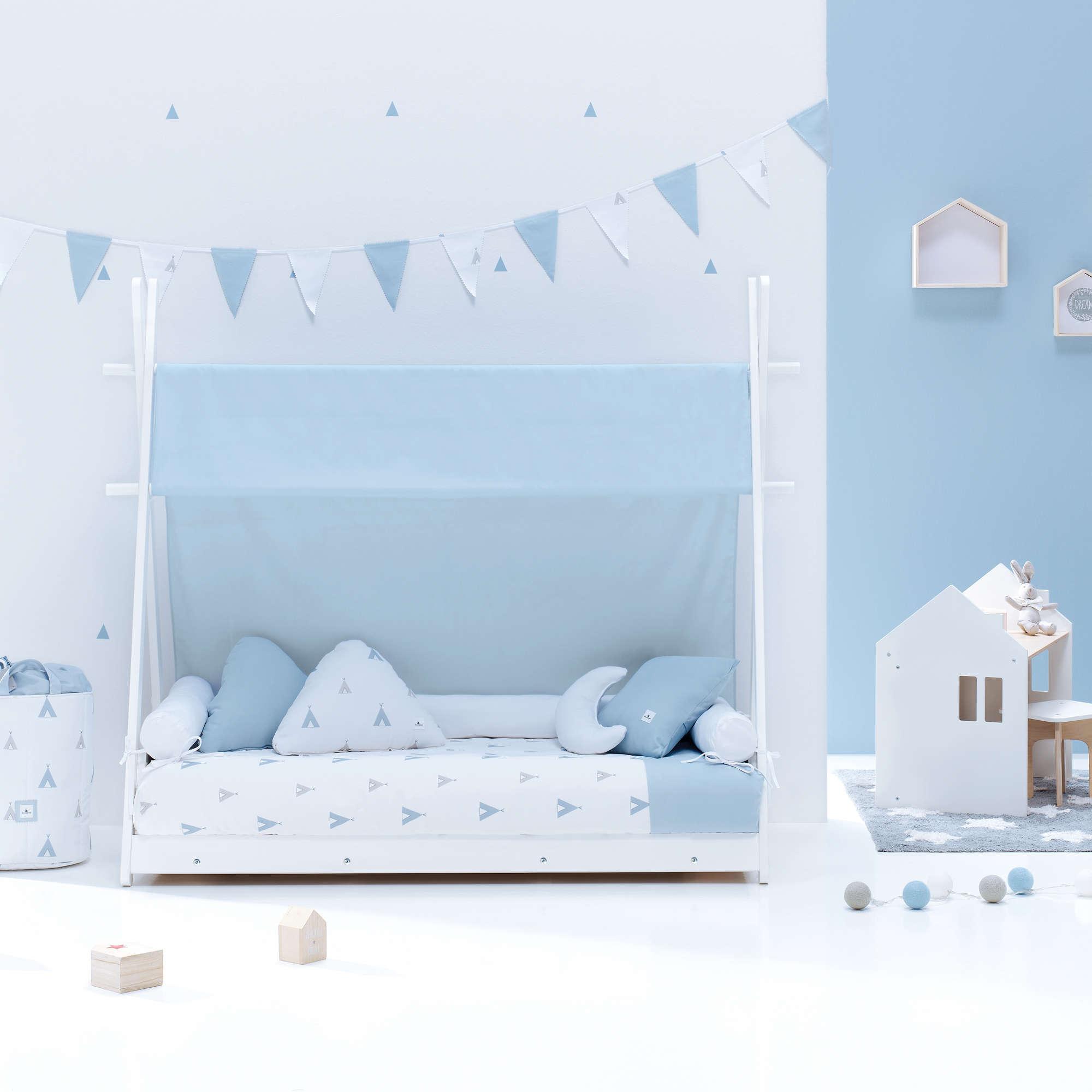 Cama Montessori Homy en celeste para niño Alondra