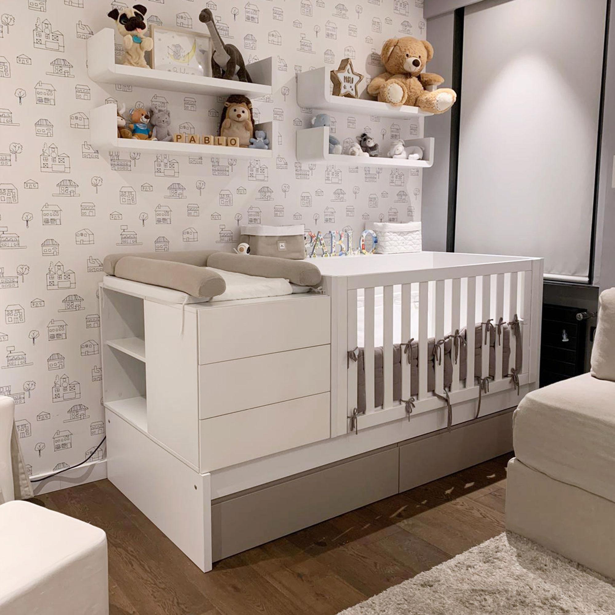 Habitación infantil con cuna convertible