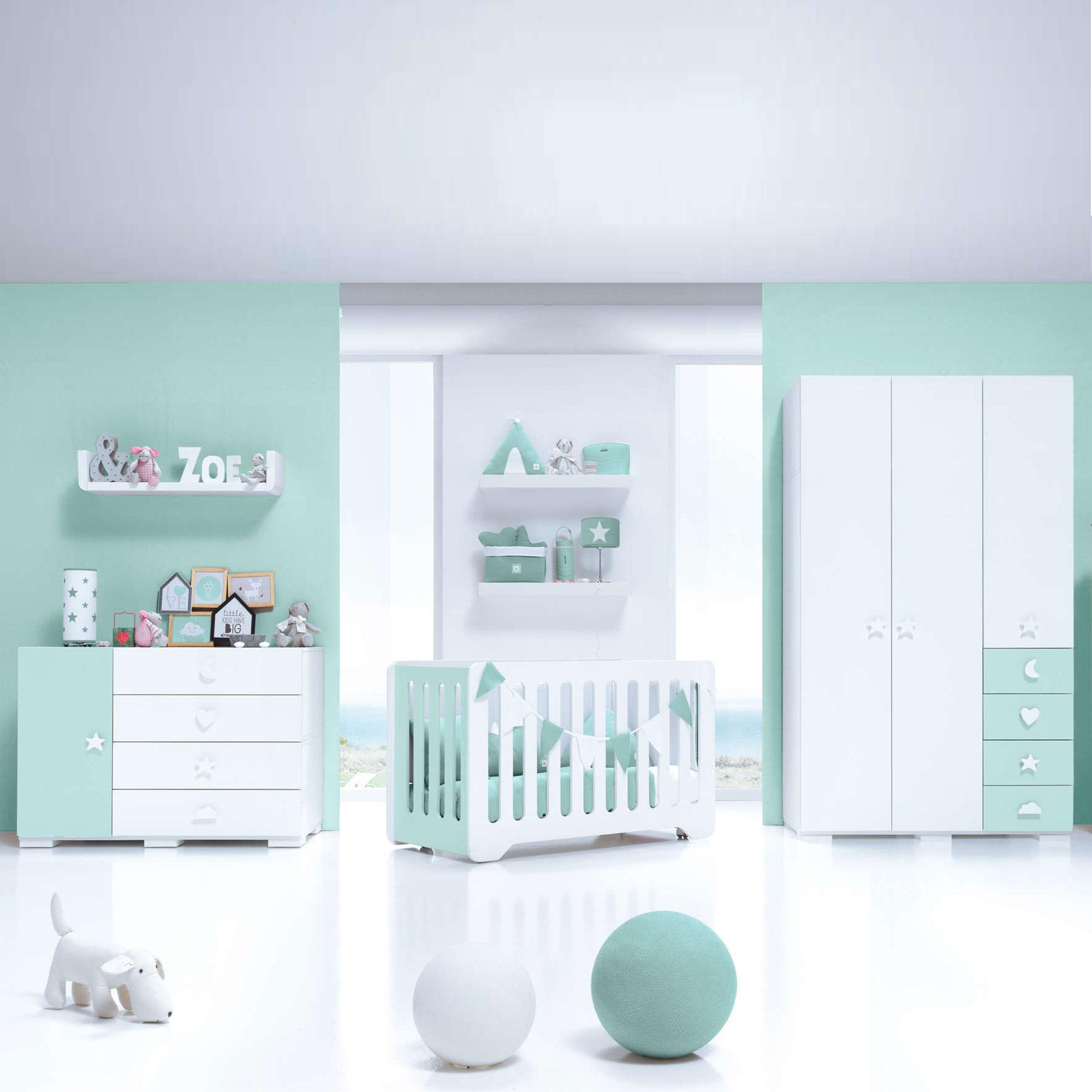 Dormitorio de bebé con detalles infantiles