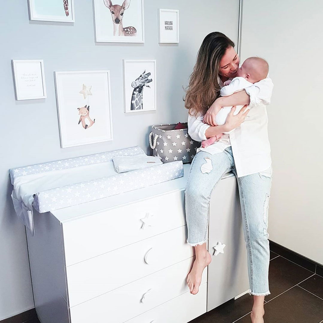 Cómoda de bebé para habitación infantil
