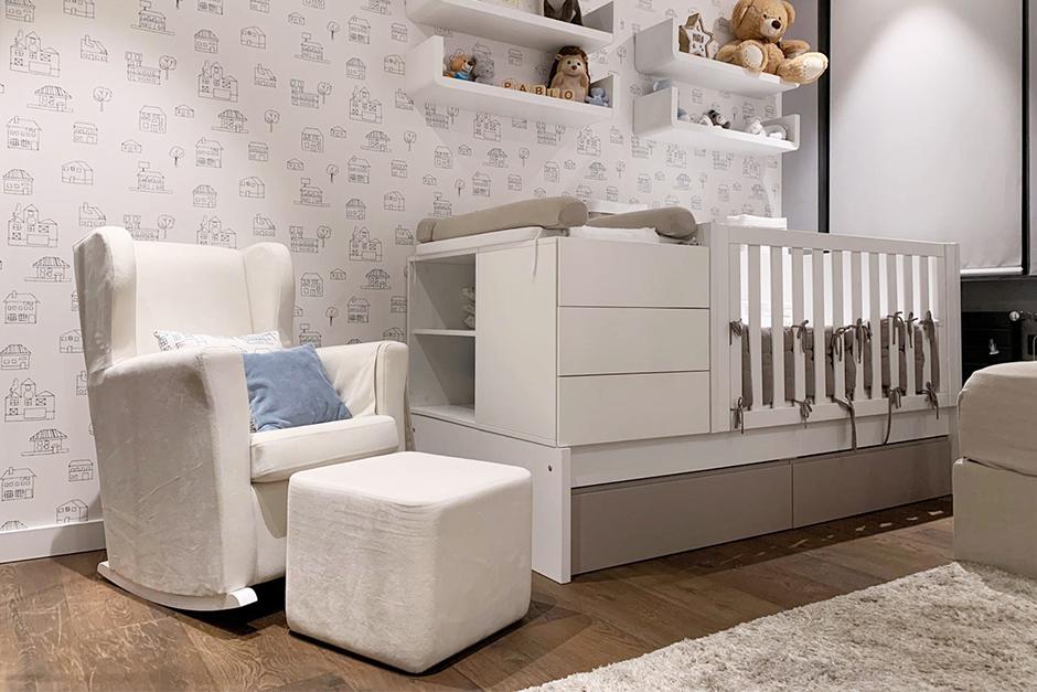 Consejos de interioristas para decorar habitaciones de bebé pequeñas