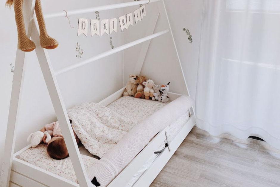 Cómo abrigar a un bebé para dormir por las noches